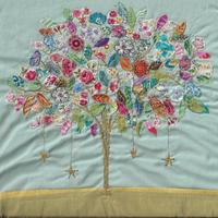 Suzanne Hooson Embroidery ; Tree of Wishes