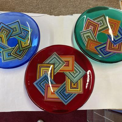 Geometric design bowls.