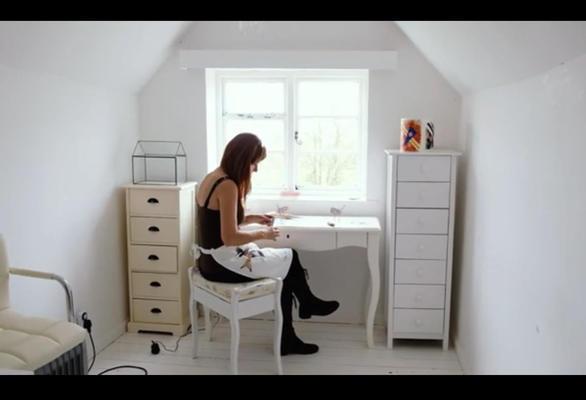 Lindsay Waring working in her first studio at Westbury Arts Centre, Milton Keynes.  Now in studio 22