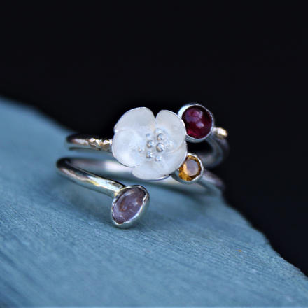 STERLING SILVER RING WITH GARNET,TOURMALINE, CITRINE & SILVER BUTTERCUP